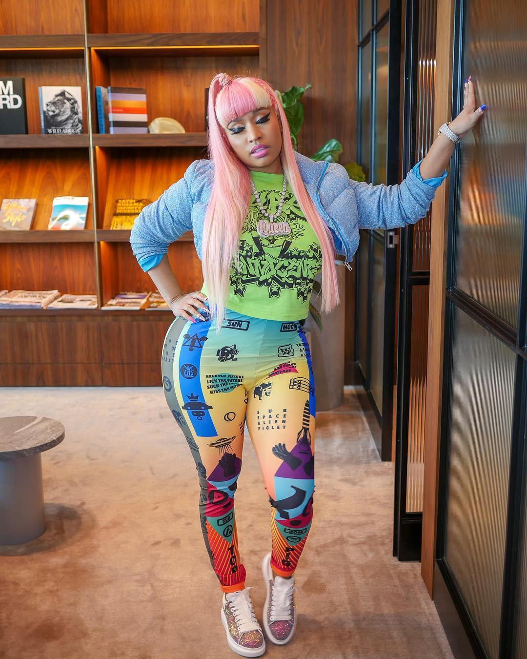 Nicki Minaj – Barbie Drip